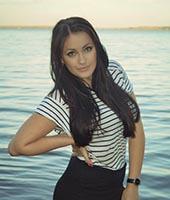 Алена, массажистка 23 года