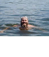 Максим, массажист 45 лет