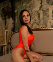 Елена, массажистка 27 лет