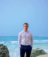 Илья, массажист 31 год