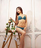 Лана, массажистка 27 лет