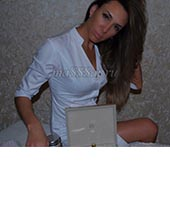 Алёна, массажистка 28 лет