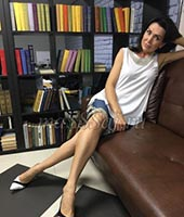 Лариса, массажистка 42 года