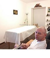Денис, массажист 34 года