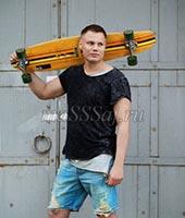 Антон, массажист 28 лет