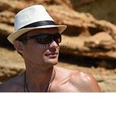 Анатолий, массажист 40 лет