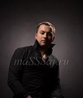 Максим, массажист 30 лет