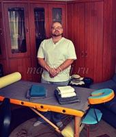 Анатолий, массажист 29 лет