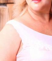 Злата, массажистка 32 года