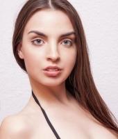 Линда, массажистка 25 лет
