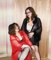 Полина и Вика, массажистка 49 лет