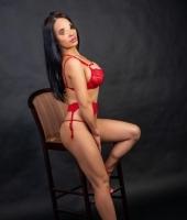 Милана, массажистка 42 года