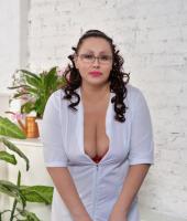 Лена, массажистка 42 года